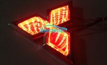 Светящийся 3D эмблема Mitsubishi красный